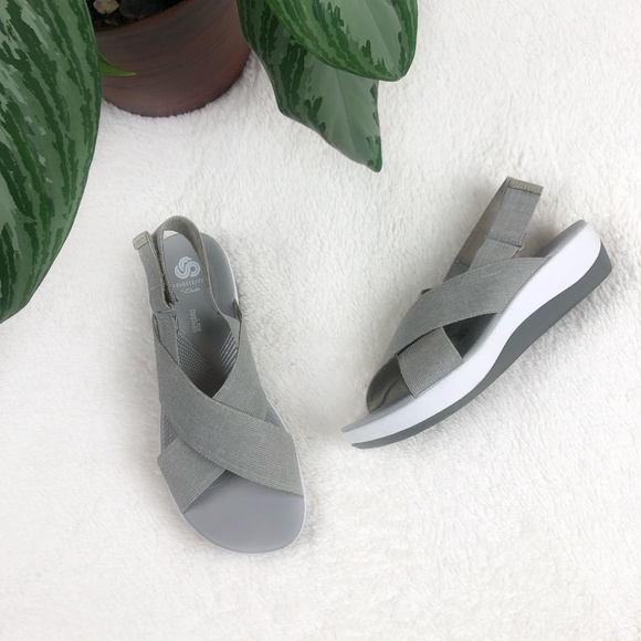 Clarks Cloudsteppers Gray Soft Cushion